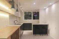 [상월곡 인테리어] 동아에코빌 25평 아파트 인테리어_이사전 by 홍예디자인 : 네이버 블로그 Conference Room, Kitchen, Table, Furniture, Home Decor, Cooking, Decoration Home, Room Decor, Kitchens