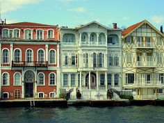 Villas along Bosphorus by Kotomi_, via Flickr