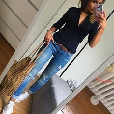 Simple Summer to Spring Outfits to Try in 2019 Casual Work Outfits, Mode Outfits, Work Casual, Casual Looks, Summer Outfits, Comfy Casual, Look Blazer, Mode Jeans, Work Attire