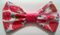 Adorable hair bows by TheGiddyBiddies on Etsy