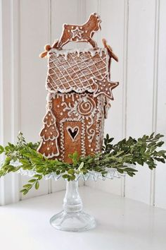 vibeke design~ gingerbread house to scent the room! Christmas Gingerbread House, Noel Christmas, Christmas Goodies, Christmas Baking, All Things Christmas, Winter Christmas, Christmas Crafts, Christmas Decorations, Gingerbread Houses