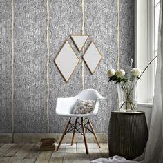 Laissez-vous séduire par cette création Sophie Ferjani !   Les trois miroirs HARMONIE subliment vos murs de leurs formes géométriques. Ils donnent un effet rétro à votre pièce, avec beaucoup de chic et de raffinement. C'est la touche déco qu'il vous manque !
