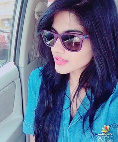 Ennai Nokki Paayum Thotta Actress Megha Akash Hot Photos Images Pics Stills - gijju Girl Pictures, Girl Photos, Girl Pics, Megha Akash, Hollywood Actress Wallpaper, Girls Status, Saree Photoshoot, Stylish Girls Photos, Hollywood Heroines
