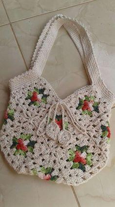 New crochet free purse granny squares Ideas – Granny Square Crochet Shell Stitch, Bead Crochet, Crochet Crafts, Crochet Stitches, Free Crochet, Crochet Fringe, Crochet Wallet, Crochet Tote, Crochet Handbags