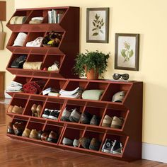 Home Storage - Perfect for a bedroom or an entrance hallway  YES!!