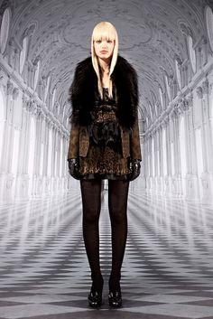 Roberto Cavalli Pre-Fall 2012 Fashion Show - Daphne Groeneveld (Women)