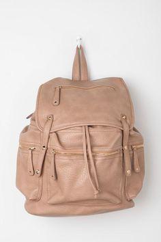 Deena & Ozzy Metro Multi-Pocket Backpack...perfect euro trip backpack