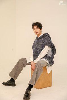 Dong Hae, Kim Dong, Asian Actors, Korean Actors, Jin, Best Kdrama, Kdrama Actors, Attractive Guys, Lee Jong Suk
