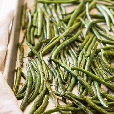 These Simple Roasted Green Beans are a really quick side dish that will add nutrition to any meal!
