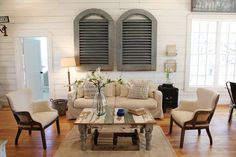 Farmhouse Living Room by Waco Design-Build Firms Magnolia Homes - Town & Country Living - #CottageHome