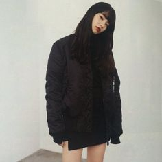 The Classy Issue Japanese Models, Japanese Fashion, Japanese Beauty, Nana Komatsu Fashion, Komatsu Nana, Instagram People, Asian Style, Aesthetic Girl, Asian Beauty