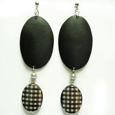 Yeyè orecchini in moosgummi, perla e ciondolo : Orecchini di bibidimorbidecreazioni