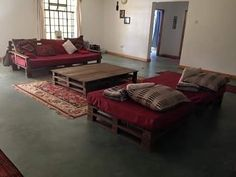 Weather and Area Modifications in Pallet Sofa                                                                                                                                                                                 More