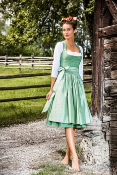 German Dirndl Dress for Women including Bavarian, Vintage and Oktoberfest Dirndl style. Our Collection of Dirndl Apron and Blouse in cheap prices Couture, Countryside Fashion, German Costume, Nice Dresses, Casual Dresses, Dirndl Dress, German Fashion, Sweet Dress, The Dress