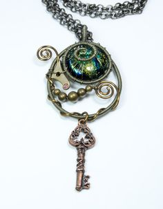 Steampunk Jewelry  Bronze Wire Wrapped par VictorianClockworks.. Loving this wrapped wire stuff
