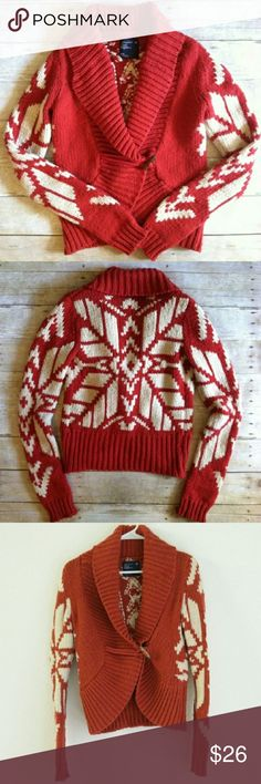 AE Snowflake Toggle Sweater Looks great styled with a tank top, jeans, and boots! American Eagle Outfitters Sweaters