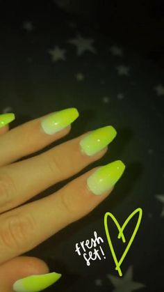 Alcohol Aesthetic, Happy Birthday Video, Cute Baby Wallpaper, Applis Photo, Food Snapchat, Posing Guide, Nail Accessories, Selfie Poses, Best Acrylic Nails