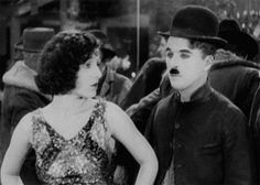 charlie chaplin the gold rush vintage film georgia hale Charlie Chaplin, Silent Love, Silent Film, Vevey, Jessica Mendoza, Chaplin Film, Georgia, Charles Spencer Chaplin, Photo Star