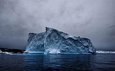 Download wallpapers iceberg, 4k, ocean, darkness, Antarctica