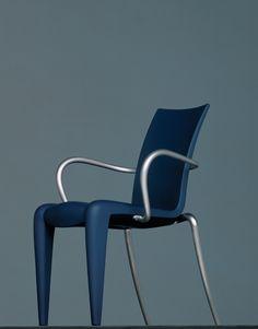 Louis XX (20) Chair designed by Philippe Starck (1991)fácil de desmontar - polipropileno e alumínio