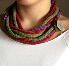 Mara Gotti_collane di lana 2013