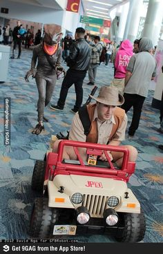 Jurassic Park Cosplay. You two are doing it right.
