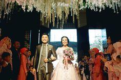 wedding day: Novia & Agung Wedding (Pernikahan adat Sunda & Internasional - Karawang)