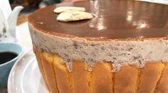 Torta mousse de banana bañada en dulce de leche