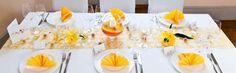 Tischdeko sommerliches Gelb und Orange bei Meine-Hochzeitsdeko.de