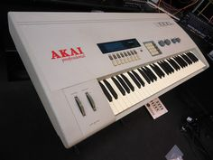 MATRIXSYNTH: AKAI S1000KB 16-VOICE 61-KEY DIGITAL MEGA-SAMPLER ...