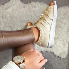 You mustn't be afraid to sparkle a little brighter darling. #HenryLondon (photograph by @elliereess) #watchoftheday #watchesofinstagram #gold #ootd #adidas #womw #fashion #style #watches #jotd by henrywatches - Coming soon to Grace & Co