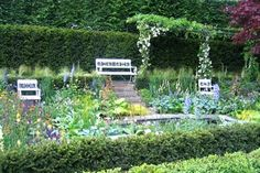 The Daily Telegraph Garden - designers Isabelle Van Groeningen and Gabriella… Chelsea Flower Show, Festivals, Modern Garden Design, Postmodernism, Awards, Gardens, Van, Pretty, Flowers