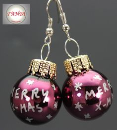 Weihnachtliche Ohrringe mit Christbaumkugeln / cute merry christmas earrings made by TANBI-accessoires via DaWanda.com