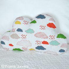 DIY - Cloud shaped cushion tutorial @ torie jayne