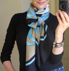 How to wear a giant scarf, Hermes Tigre Royal 140 carre