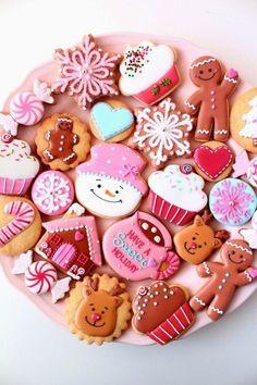 ▷ 1001 + Recipes and ideas for a Christmas cupcake - biscuit - noel Christmas Sugar Cookies, Christmas Cupcakes, Christmas Sweets, Christmas Goodies, Holiday Cookies, Christmas Baking, Holiday Treats, Christmas Biscuits, Winter Christmas
