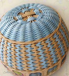 Мастер-класс Поделка изделие Плетение Разноцветные совята Бумага газетная Трубочки бумажные фото 5