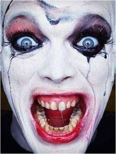 Erwin Olaf Clown Portrait (6)