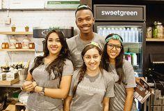 #happy #smile #sweetgreen #newyork #Passion #purpose #vintage #brooklyn #dumbo #newyork #uniform #amont #workingwear #salad #에이몬트  #tastetheseason http://sweetgreen.com/