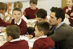 from @afa_education  -  Our ambassador #DavidGandy visits Stockham Primary #School in #Wantage, #Oxfordshire to see the difference Achievement for All is making to children's lives across the country. 20/01/16
