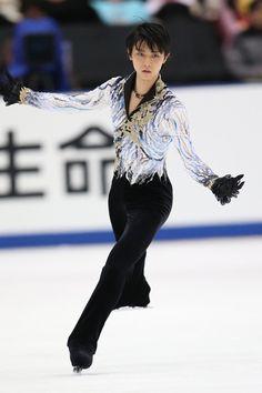 Yahoo!ニュース(スポーツナビ) - 大会3連覇を達成した羽生【坂本清】