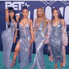 Who look much better ? Estilo Beyonce, Beyonce Style, Nicki Minaj, Celebrity Moms, Celebrity Style, Hottest Female Celebrities, Celebs, B Fashion, Fashion Outfits