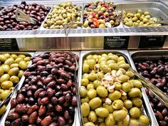 Get The Healthy Benefits Of Green Olives Greek Olives, Pitted Olives, Healthy Fats, Healthy Eating, Healthy Recipes, Types Of Olives, Healthy Shopping, No Cook Meals