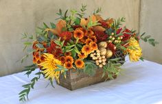 Thanksgiving Flowers | Hair Wreath Station | Winter Holiday Flower Styling | Floral Trends