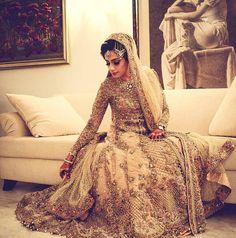 """Mariam Rehmatullah looks absolutely stunning in this Élan bridal  #brides #weddings #elanofficial #elan #couture #details #instafashion"""
