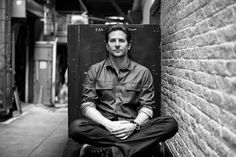 Bradley Cooper Gets Ready for 'The Elephant Man' on Broadway - NYTimes.com