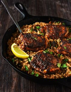One Pan Spanish Rice & Spiced Chicken One Pan Spanish Rice & Chicken - Chicken marinated in a delicious rub is seared beautifully & rice infused with so much flavor, so delicious that you won't stop eating. Best Chicken Recipes, Turkey Recipes, Mexican Food Recipes, Dinner Recipes, Rice Dishes, Food Dishes, Cuban Dishes, Chicken Spices, Cooking Recipes