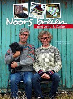 Arne & Carlos nemen je mee naar hun thuisland Noorwegen. Naast verhalen en anekdotes over de breitraditie die het land rijk is, vind je in dit boek uiteraard ook praktische breipatronen die je …