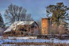 Heartland No. 434 by John Heino on Capture Wisconsin // Lingering farewell.