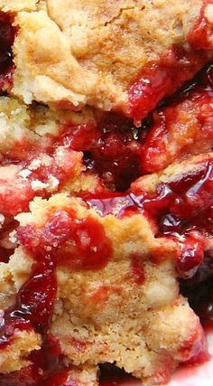 Berry Cherry Rhubarb Cobbler mix of frozen strawberries, rhubarb and cherry pie filling. I would make my own cobbler instead of using a cake mix. Cherry Rhubarb Recipe, Frozen Rhubarb Recipes, Cherry Recipes, Fruit Recipes, Baking Recipes, Strawberry Rhubarb Cobbler, Cherry Cobbler, Recipies, Rhubarb Dishes
